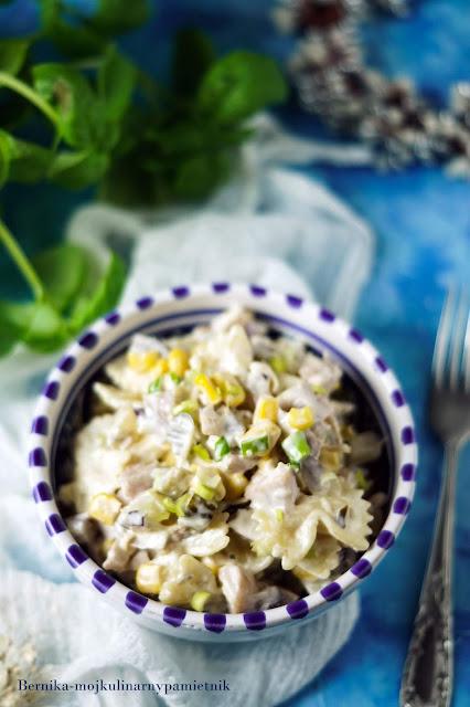 salatka, kurczak, wedzony kurczak, obiad, przekaska, ananas, bernika, kulinarny pamietnik