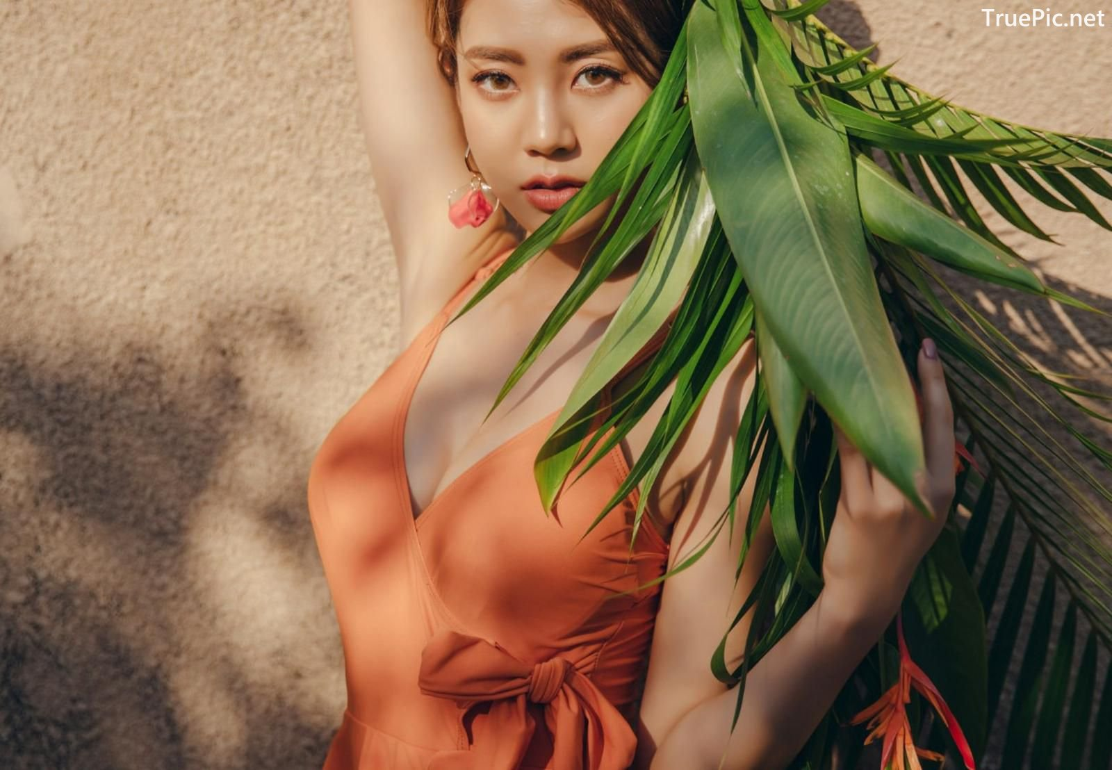 Image Korean Fashion Model - Lee Chae Eun - Sienna One Piece Swimsuit - TruePic.net - Picture-12