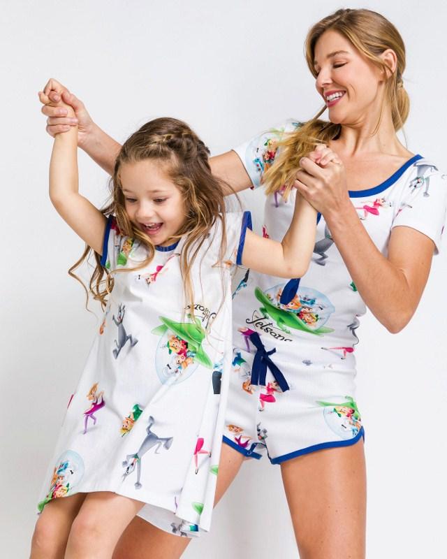 Viaje para o futuro com a nova coleção de pijamas The Jetsons da Acuo