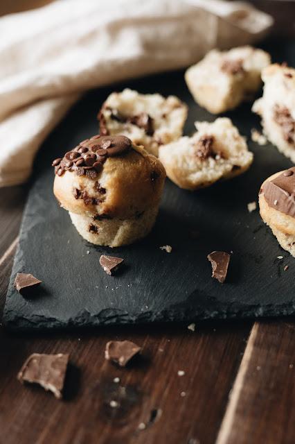 Muffin al cocco con pezzetti di cioccolato
