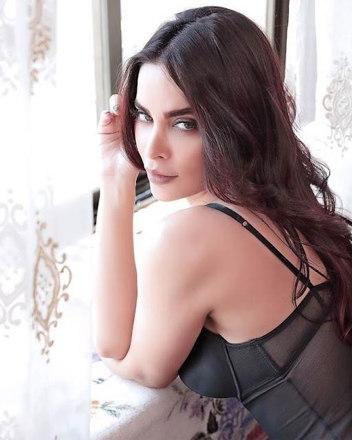Marina Kuwar Model Bollywood Latest Stuning Pics Actress Trend