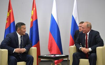 Vladimir Putin with President of Mongolia Khaltmaagiin Battulga.