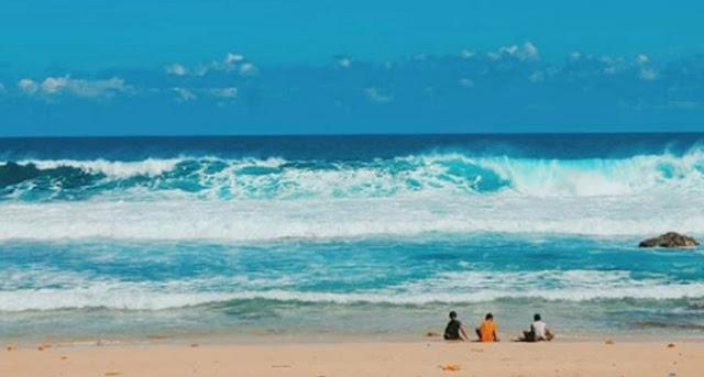 wisata-keluarga-pantai-pringjono