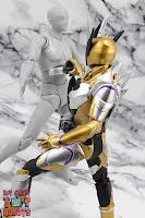 S.H. Figuarts Kamen Rider Thouser 34
