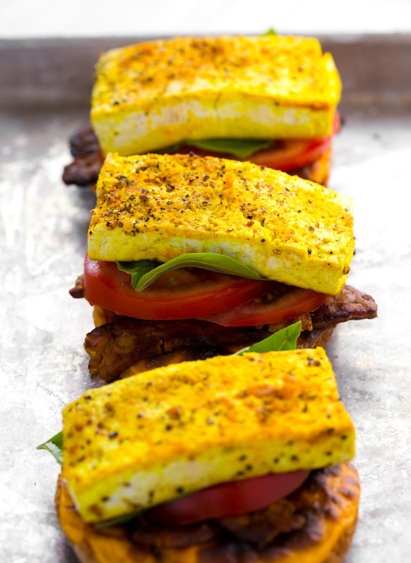 breakfast sandwich tofu