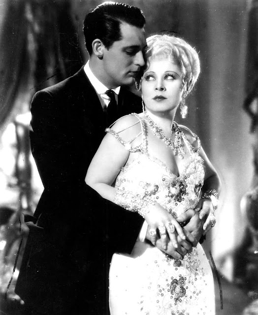 1933. Cary Grant, Mae West - She done him wrong