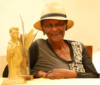 Veteran Actress Nomhle Nkonyeni dies at 77