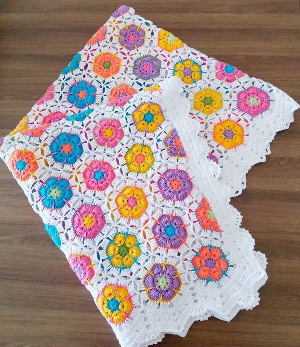 African flower, hexagon motif, crochet baby blanket