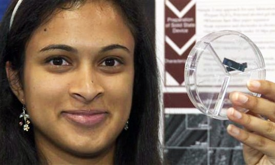 student of 18 years old may have found a solution to go faster. Eesha Khare, Saratoga, in California has won the purse of 50 000 dollars Contest International Science and Engineering Fair Intel