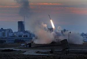 Vídeo: terroristas muçulmanos ligados ao EI realizam ataque aéreo contra Israel