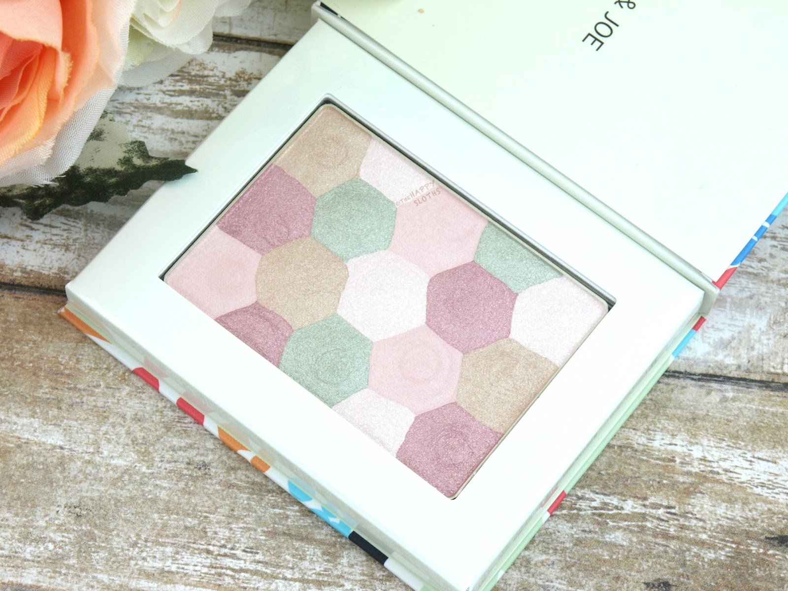 """Paul & Joe Summer 2017 Eye Color Limited in """"006 Head in the Clouds"""": Review and Swatches"""