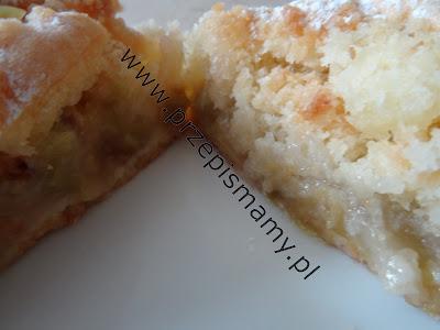 Ciasto ucierane z rabarbarem i kokosem