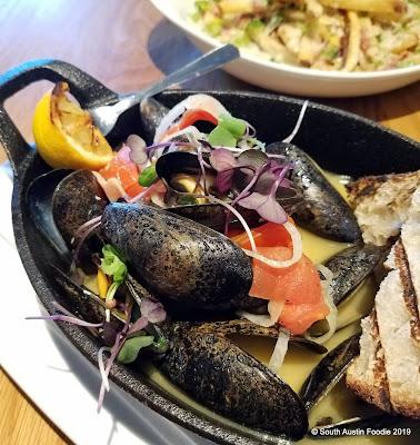 Salt Traders Zilker mussels