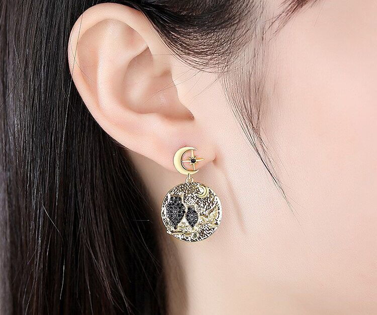月夜下的貓頭鷹耳環