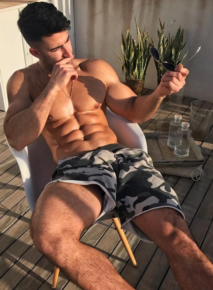 killer-male-sixpack-abs-shirtless-body-bro-chillin-outside