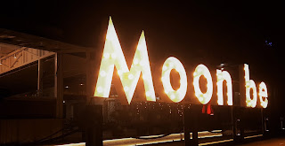 Moonbe Cafe & Resto