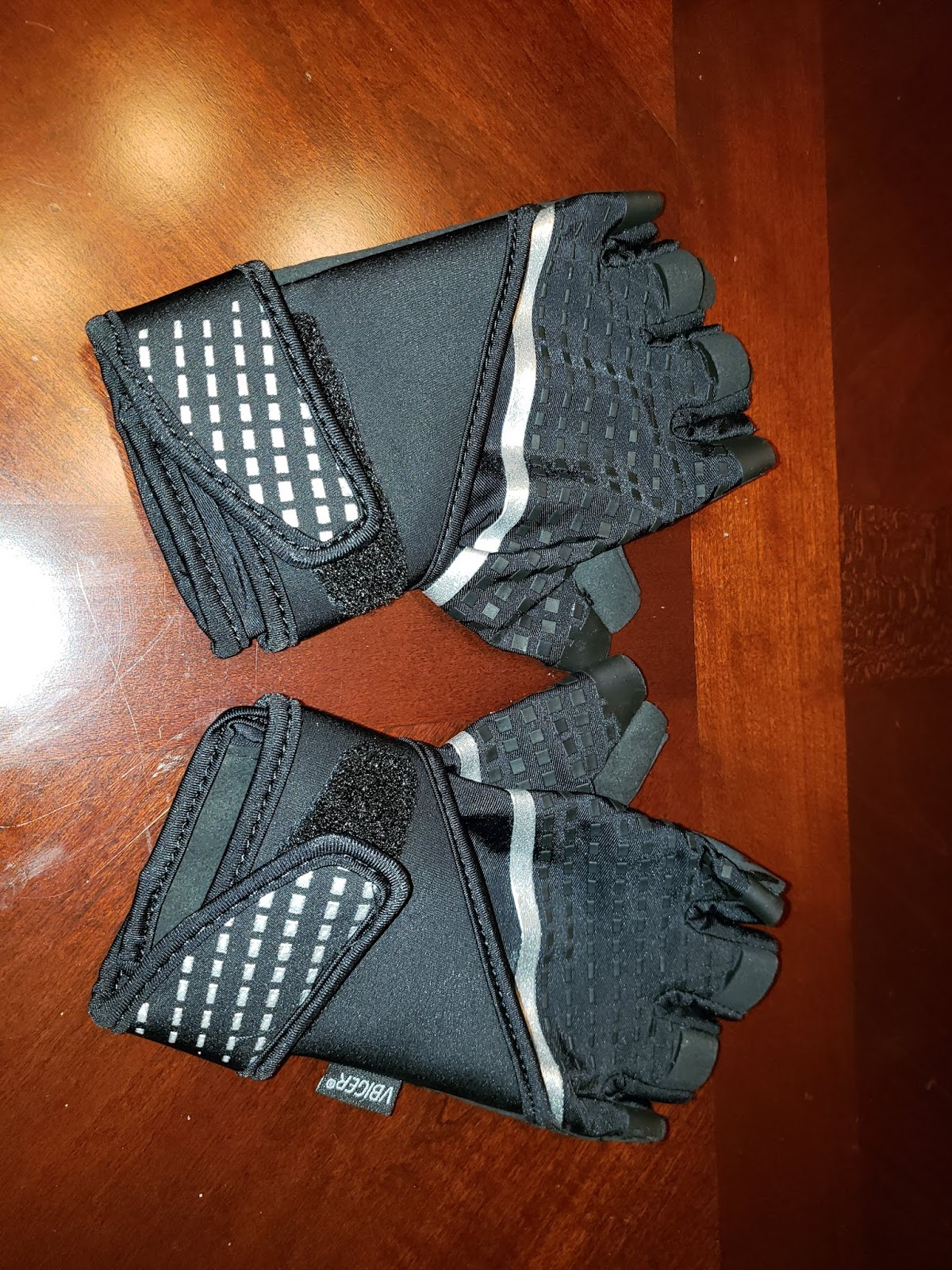 Comfy to use workout gloves