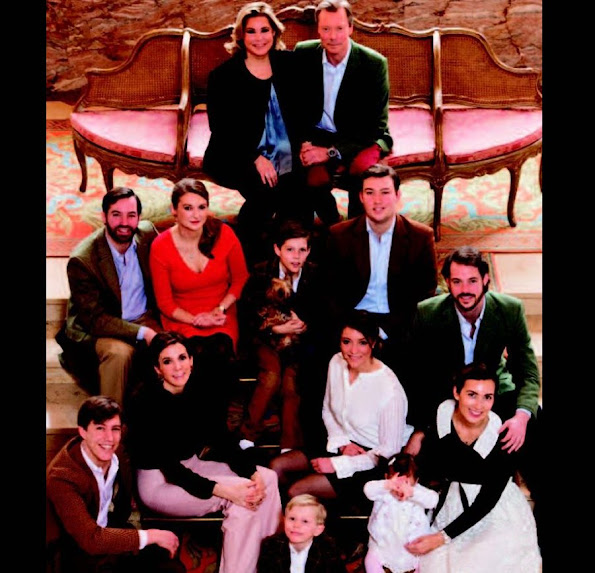 Henri, Grand Duke of Luxembourg, Maria Teresa, Grand Duchess of Luxembourg, Hereditary Grand Duke Guillaume, Crown Princess Stephanie de Lannoy, Prince Félix of Luxembourg, Princess Amalia, Prince Louis, Princess Alexandra, Prince Sébastien, Princess Charlotte, Prince Jean, Prince Louis, Princess Tessy, Prince Gabriel, Prince Noah, wedding dress