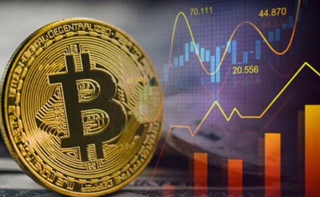 The reasons for the rise of Bitcoin to record levels over the weekend, according to some analysts
