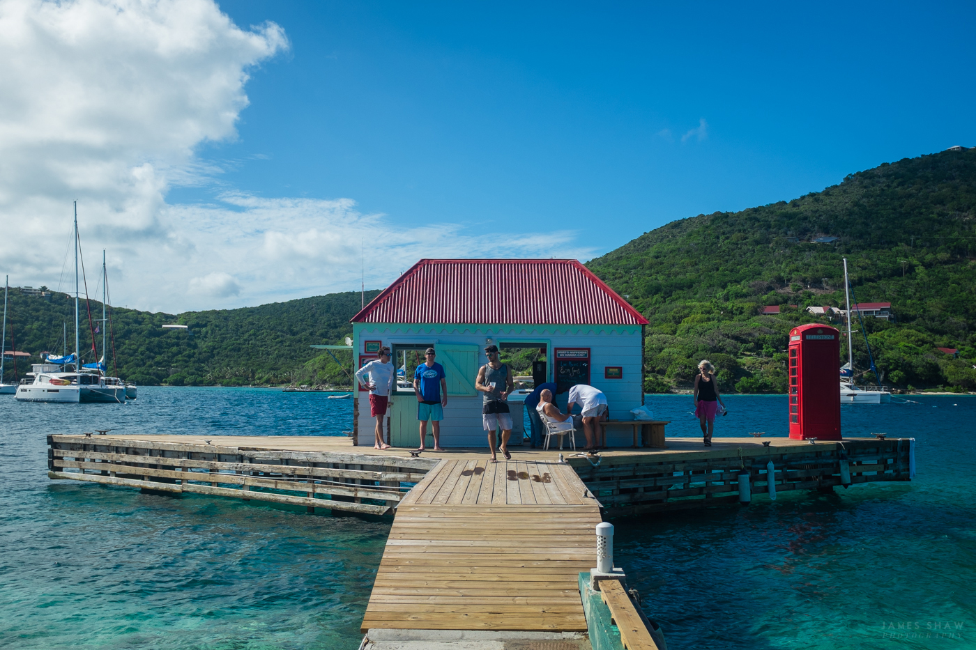 drone dji underwater  | 1400 x 933
