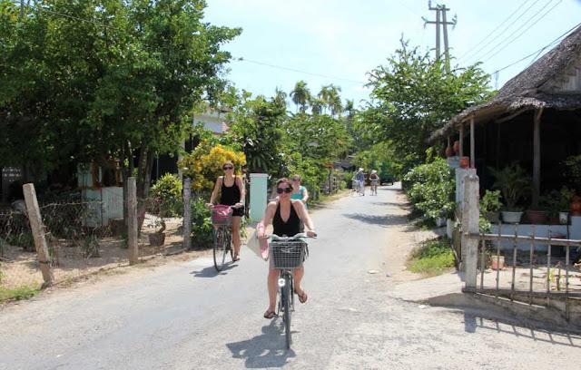 Fahrradreise Vietnam und baden