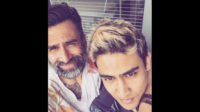 Jeremy Thomas dan putranya, Axel Matthew