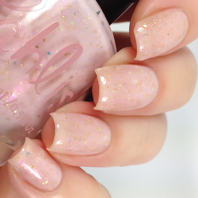 Pahlish-Champagne Float