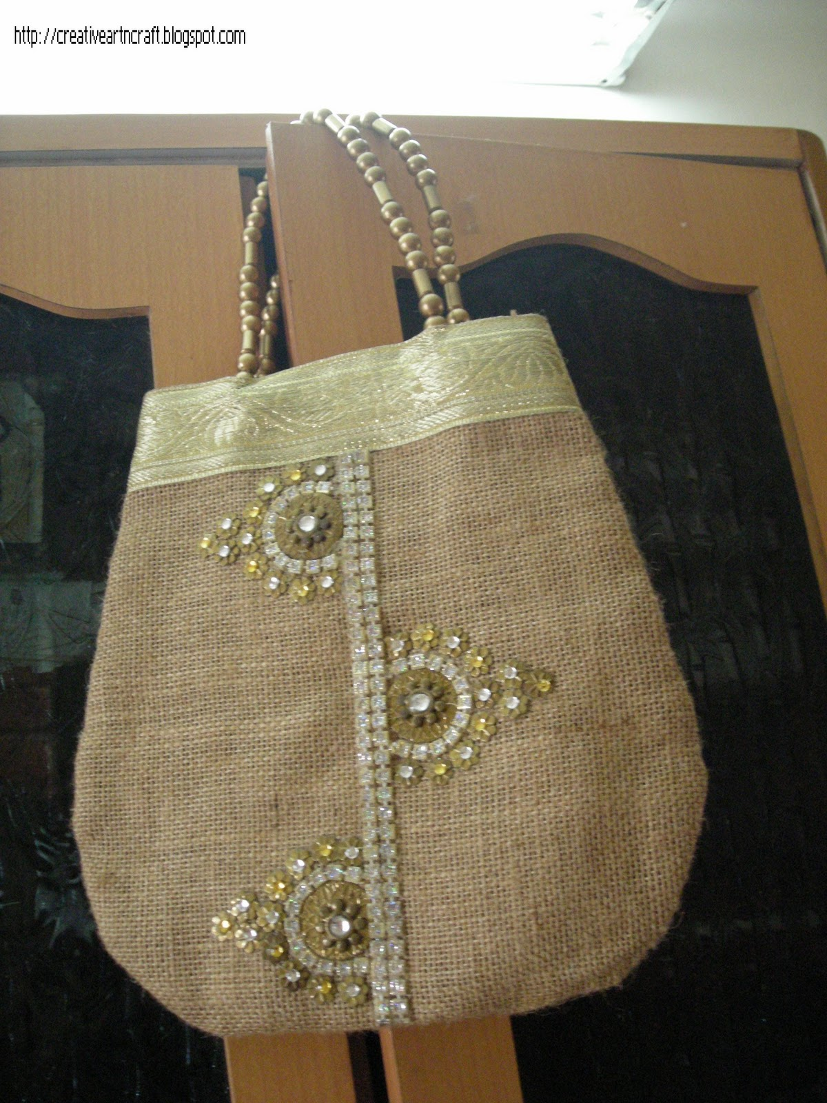 Anu S Art And Crafts Jute Bag