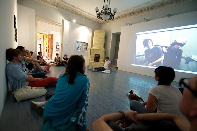 A Robert Capa Kortárs Fotográfiai Központ pályázatot hirdet a lengyelországi Łódźban megrendezett Fotofestiwalra való kiutazásra.