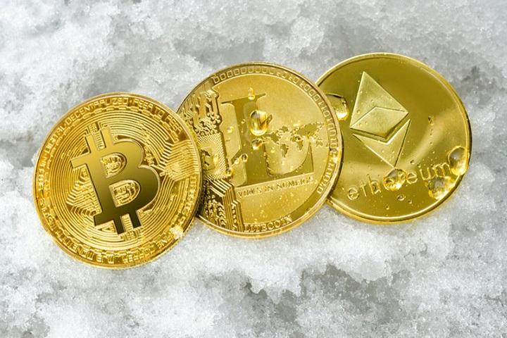 Di Tengah Pandemi dan Resesi Ekonomi, Uang Digital Kini Makin Populer naviri.org, Naviri Magazine, naviri majalah, naviri