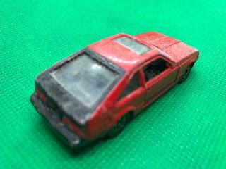 トヨタ セリカXX 2800GT のおんぼろミニカーを斜め後ろから撮影