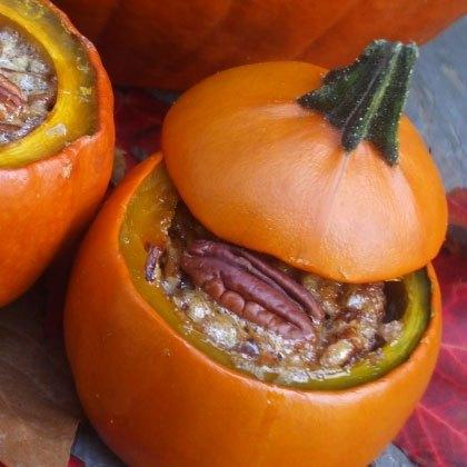 Pecan Pies in Pumpkin Shells
