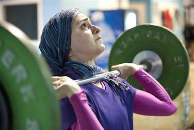 Wanita Berjilbab Dengan Profesi Paling Menantang di Dunia