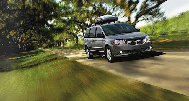 2015 Dodge Grand Caravan grey rooftop carrier
