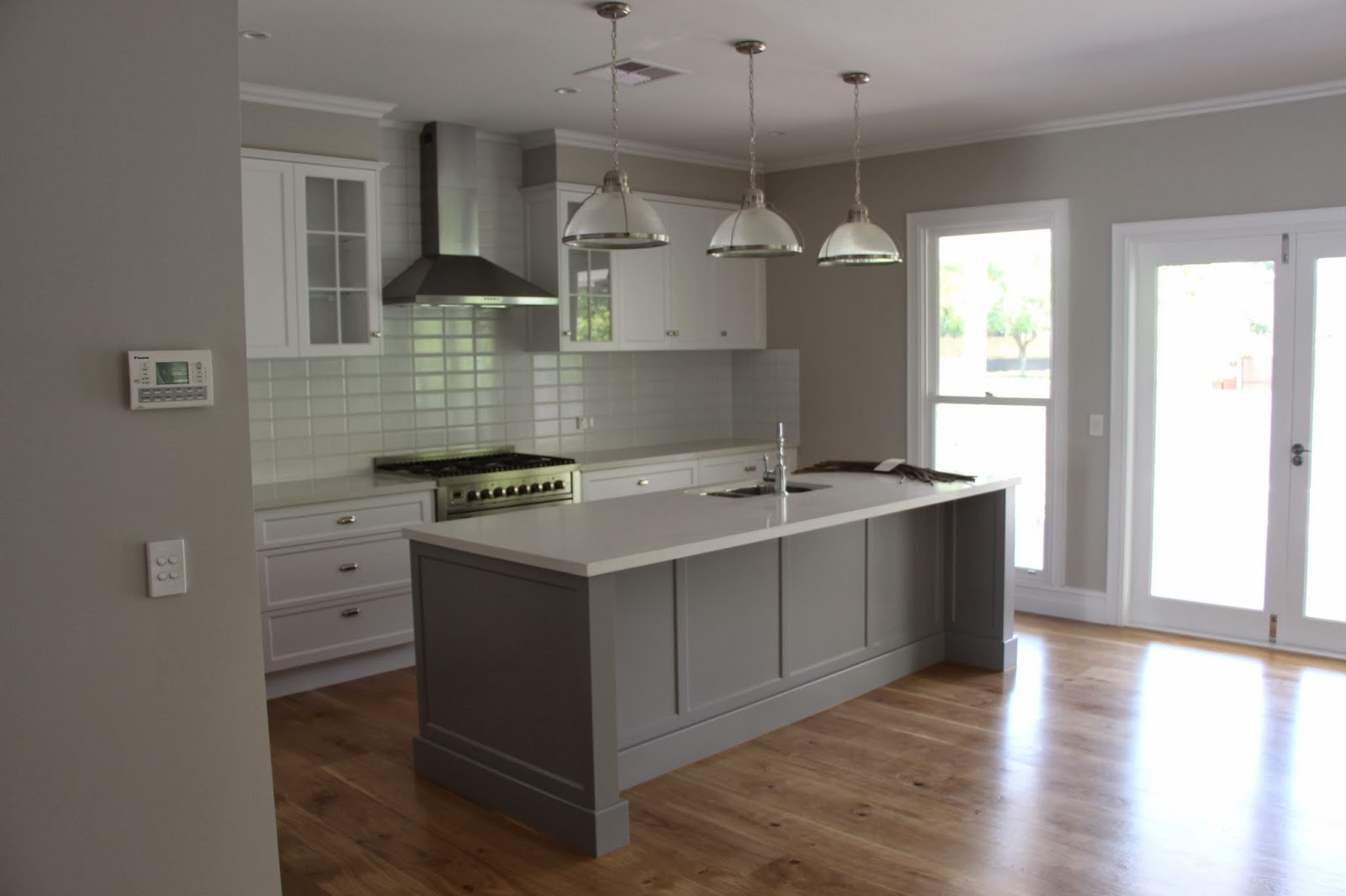 Grey Kitchen Cupboards What Colour Walls