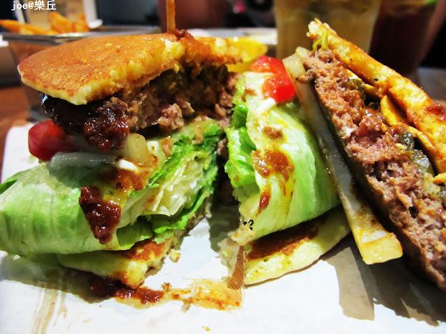 IMG 6886 - 【台中美食】樂丘廚房 獨創美式鬆餅堡 || 燉飯 || 義大利麵 || 烈日鬆餅 || 每樣都好好吃 甜品控的最愛!!!