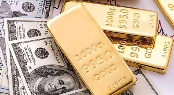 انخفاض اسعار الذهب والدولار يسجل ارتفاعا ملحوظا