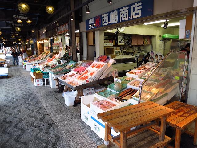 Seafood feast Sapporo Nijo market Hokkaido. Tokyo Consult. TokyoConsult.