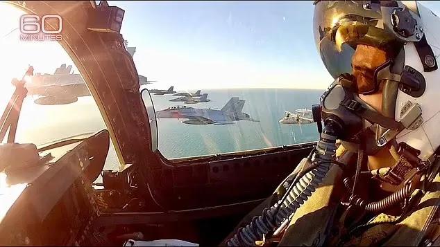 Πιλότος του Πολεμικού Ναυτικού των ΗΠΑ: Την περίοδο 2015-2017 οι συνάδελφοί μου και εγώ είδαμε UFO  εκατοντάδες φορές