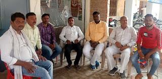 यादव महासंघ के प्रदेश अध्यक्ष दिनेश यादव ने किया मल्हनी का दौरा   #NayaSaberaNetwork