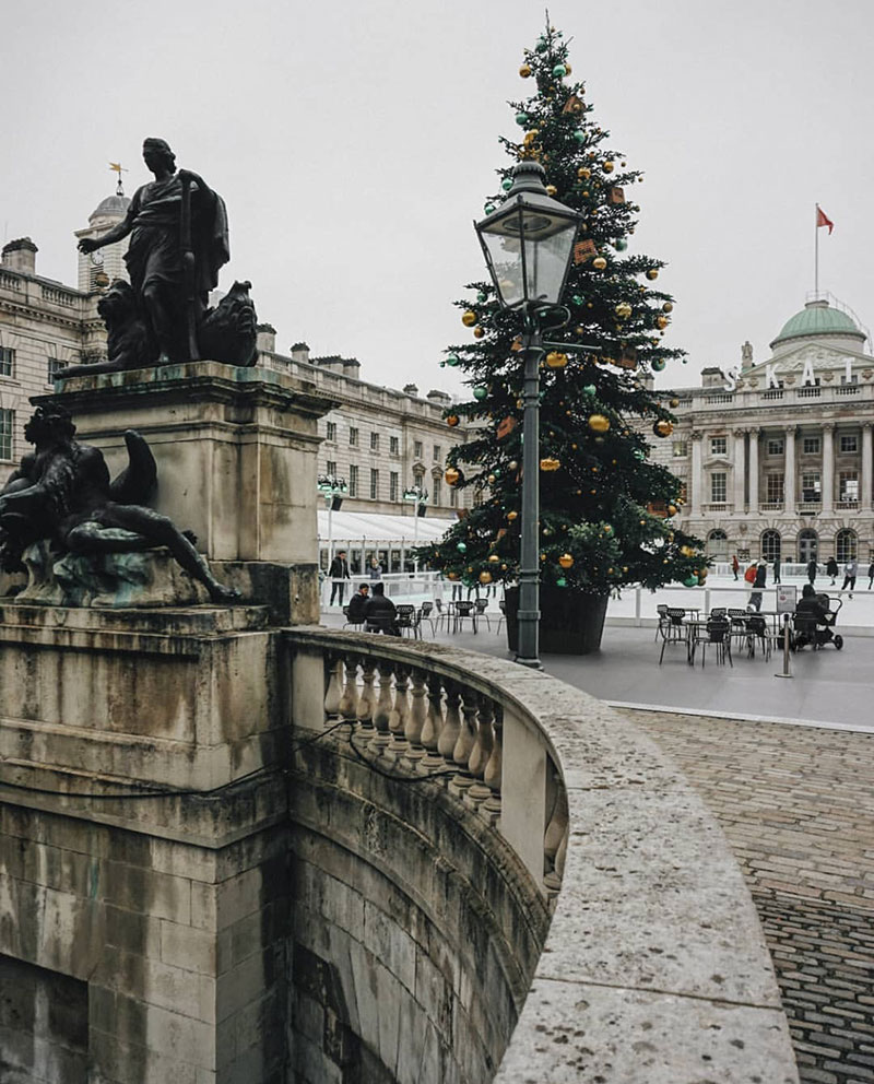 Weekday Wanderlust | Holiday 2019 Inspiration: Christmastime in London