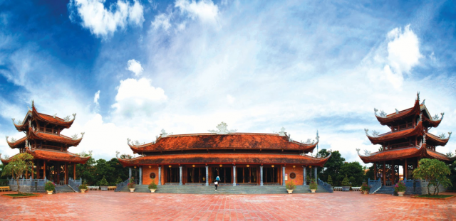 Discover the cultural Center of Truc Lam Phuong Nam zen monastery