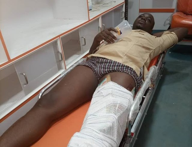 Policemen on escort assignment kill man abandon his corpse and their van in hospital
