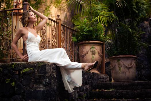 WhiteAzalea Simple Dresses: Simple Wedding Dresses For