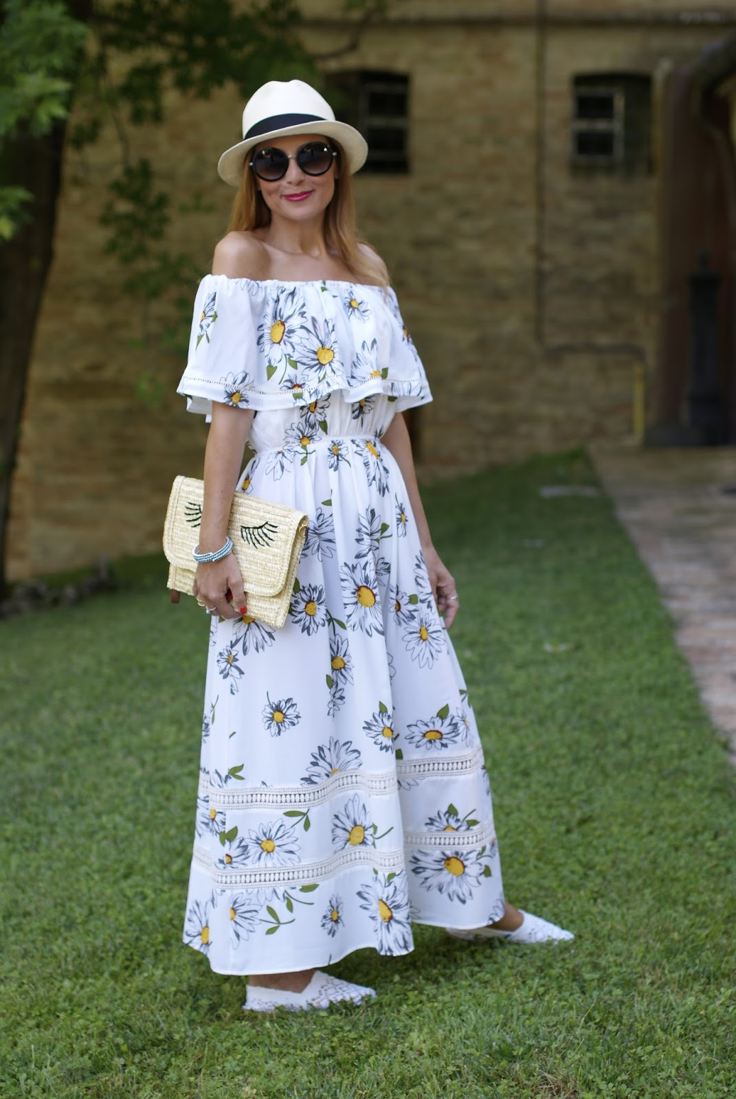 off the shoulder maxi dress with daisy print on Fashion and Cookies fashion blog, fashion blogger style