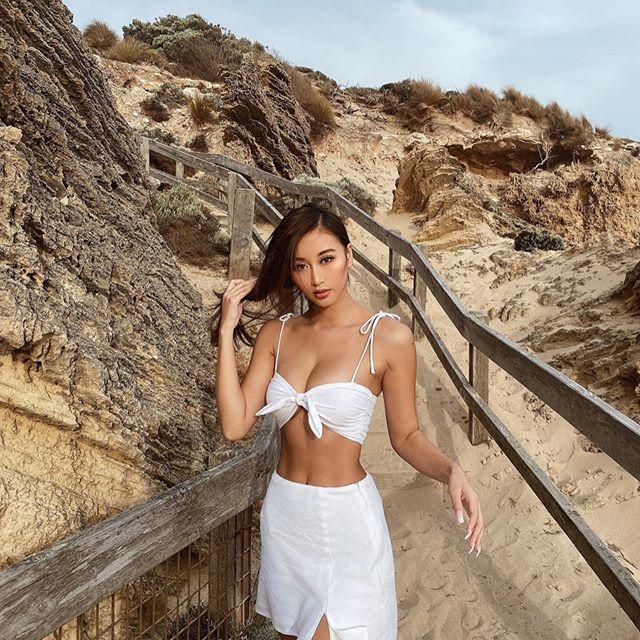 Joanna Li Photos
