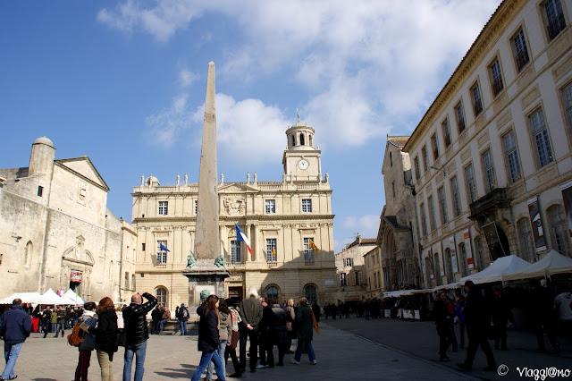 Piazza della Repubblica nel centro di Arles