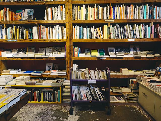 スプーンビル・アンド・シュガータウン・ブック セラーズ(SPOONBILL & SUGARTOWN, BOOKSELLERS)