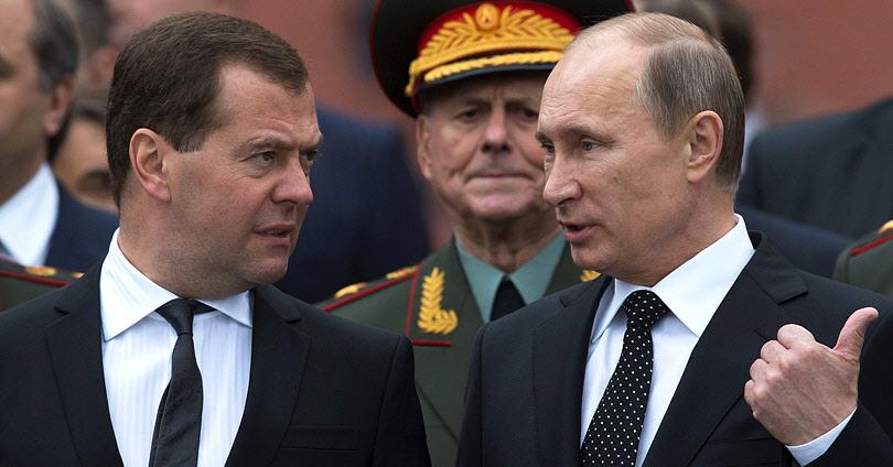 Ρωσία - Παραιτήθηκε η Κυβέρνηση του Ντμίτρι Μεντβέντεφ