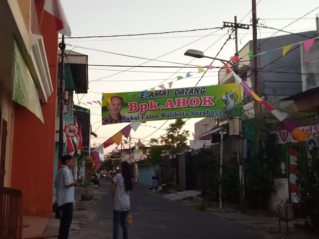 Warga Surabaya Tolak dan Usir Ahok